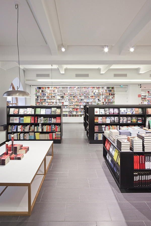 Otava book store